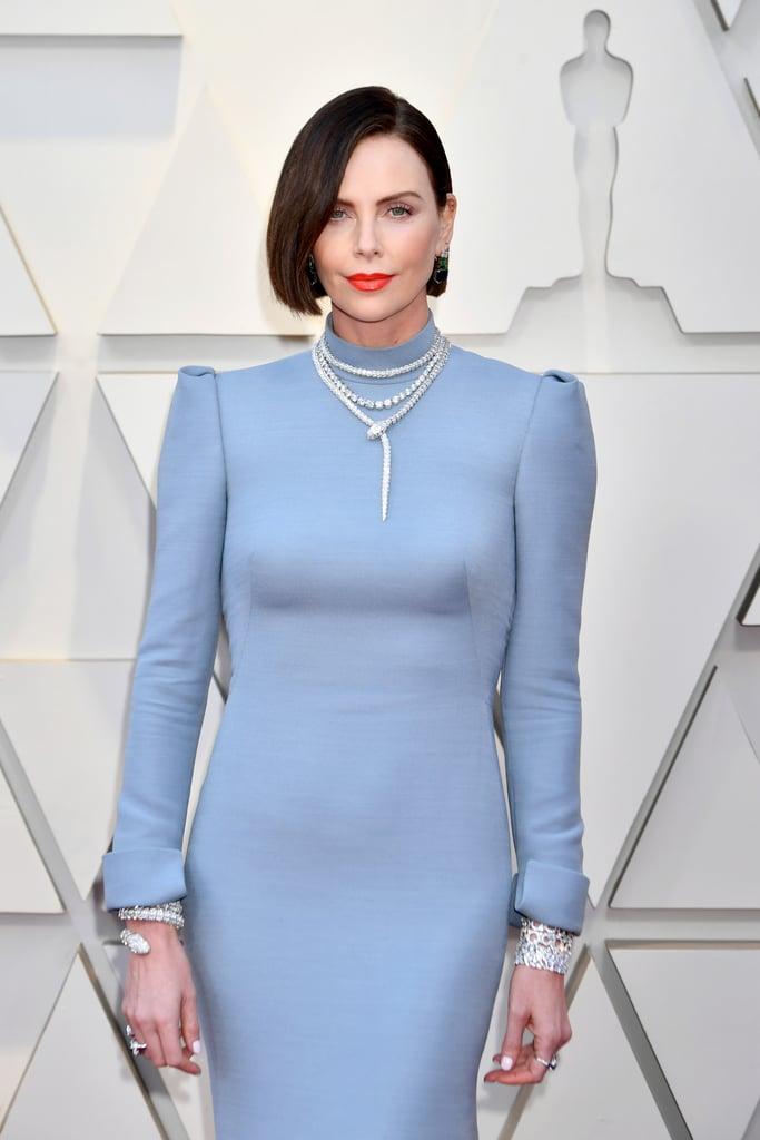 Charlize Theron Looks do Oscar 2019 Bracelete