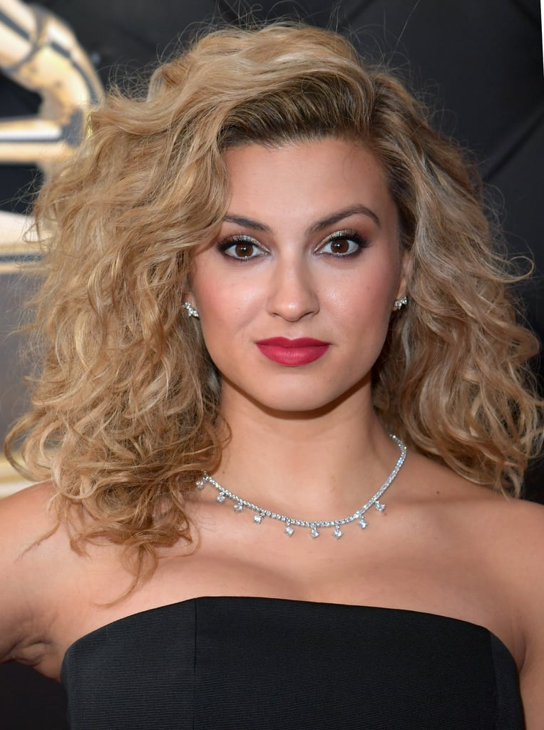 Famosas no grammy 2019 Tori Kelly