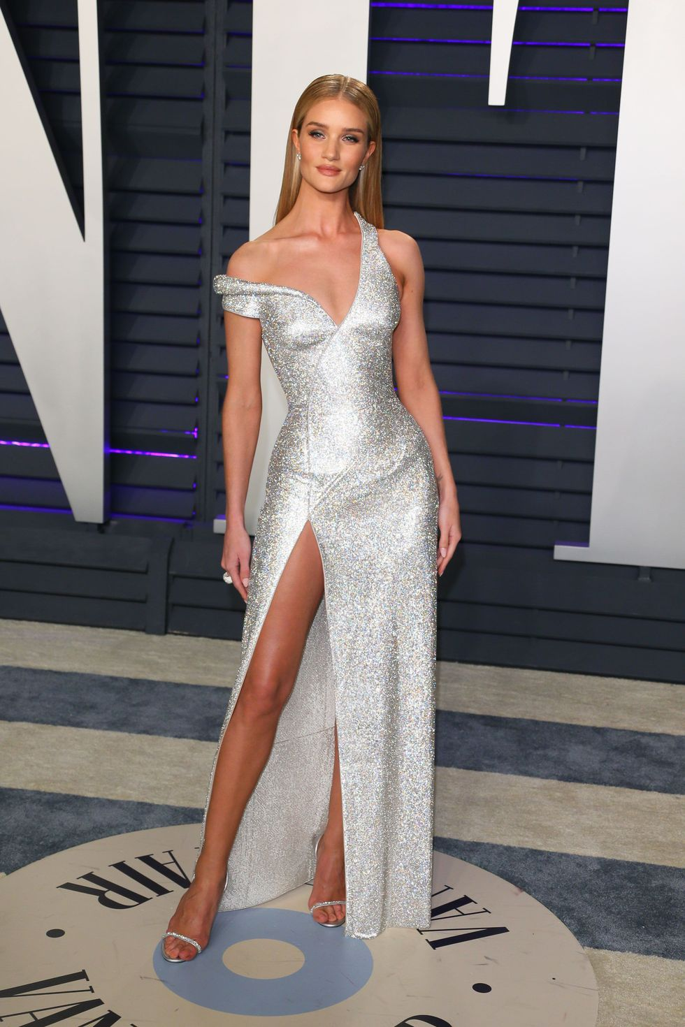 Oscar 2019 afterparty rosie huntington whiteley