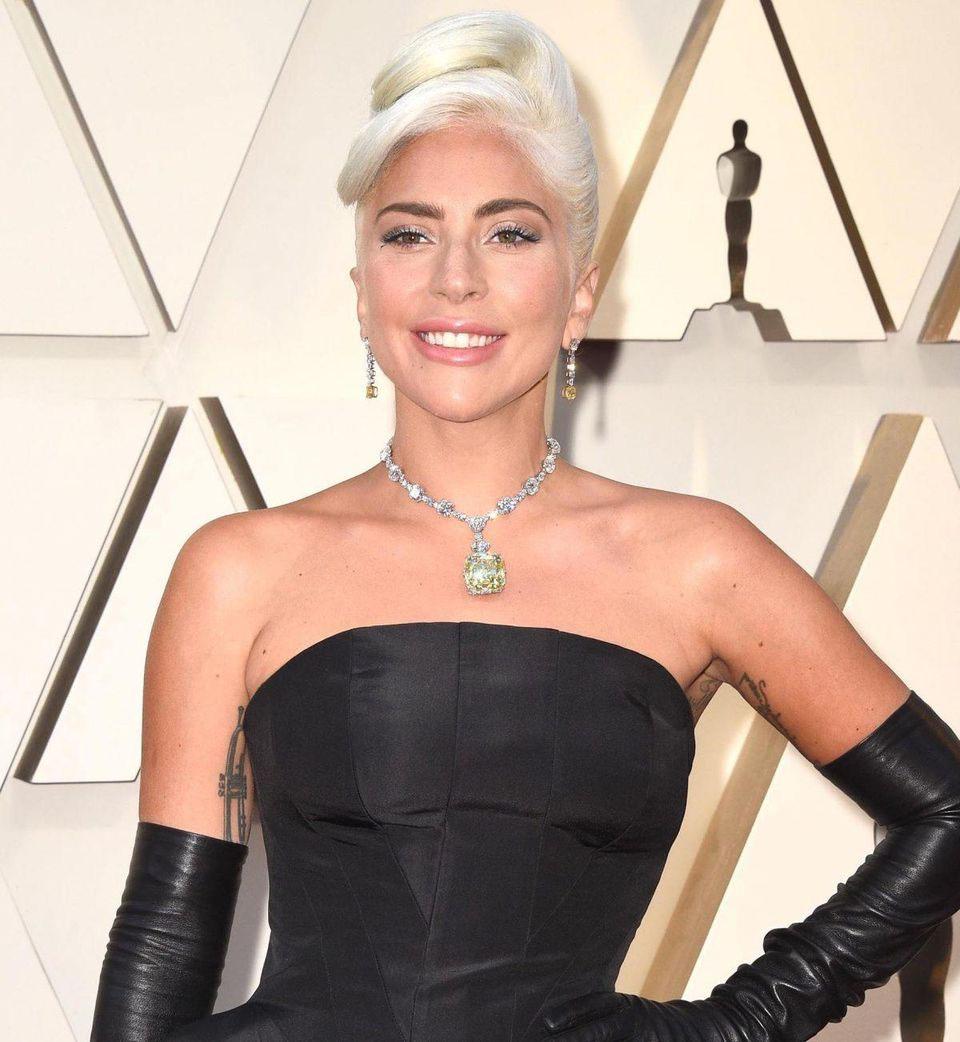 joias das famosas no oscar lady gaga