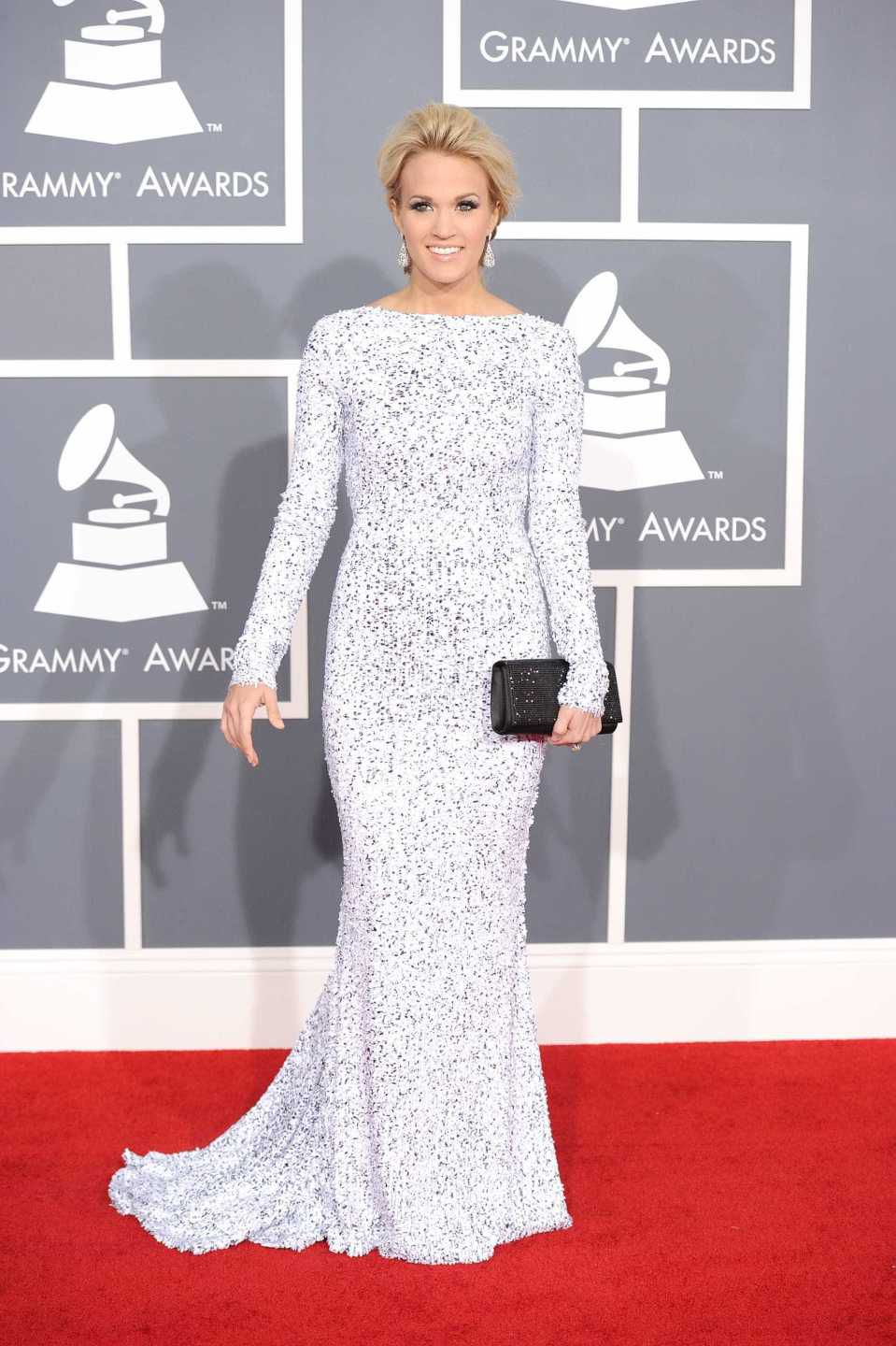 looks do grammy carrie underwood 2012