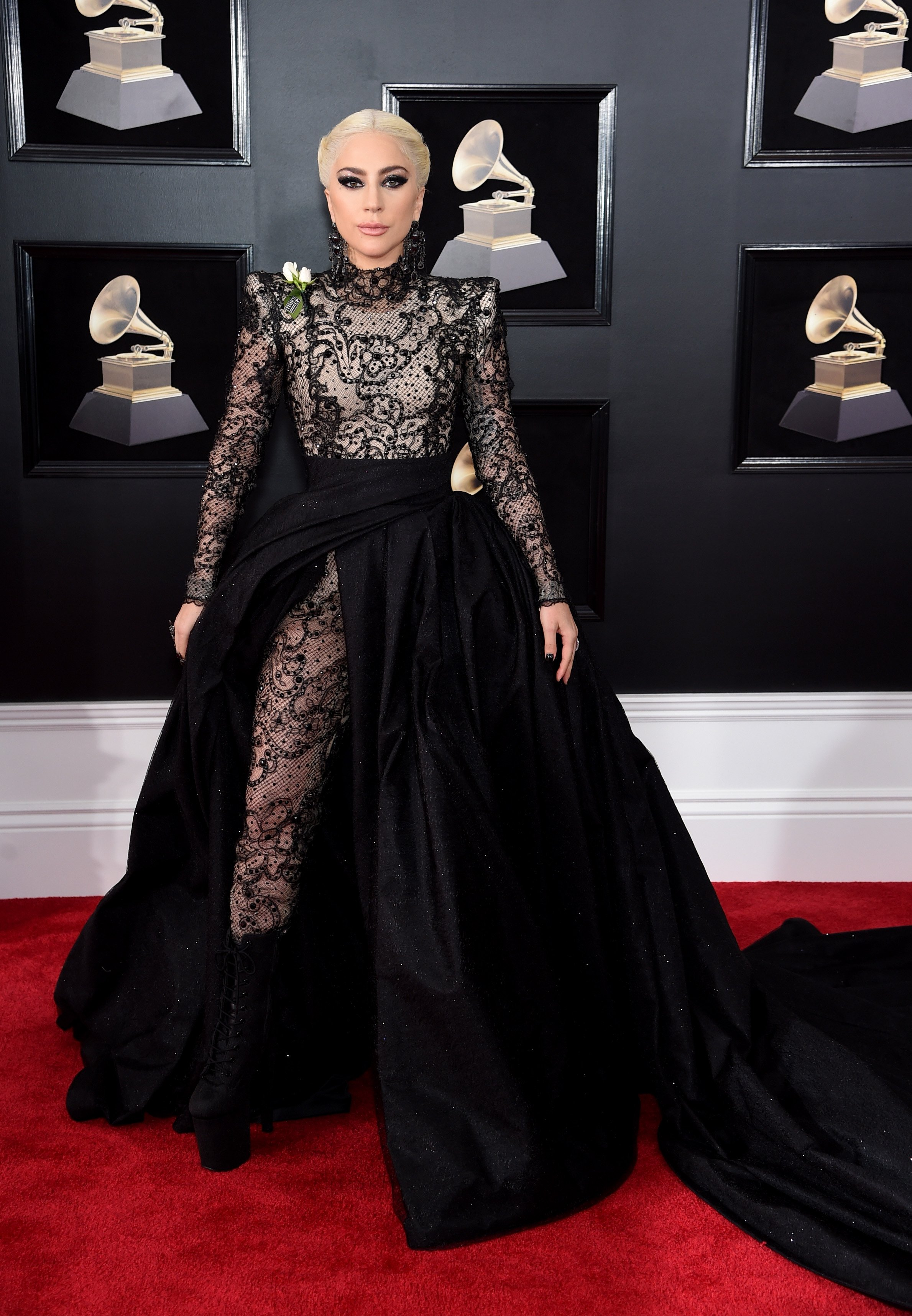 looks do grammy lady gaga