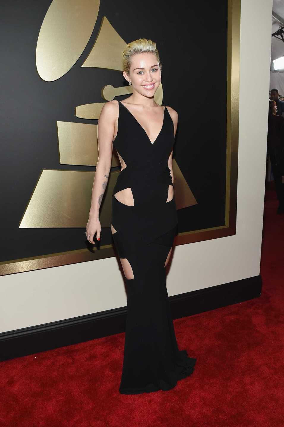 looks do grammy miley cyrus 2015
