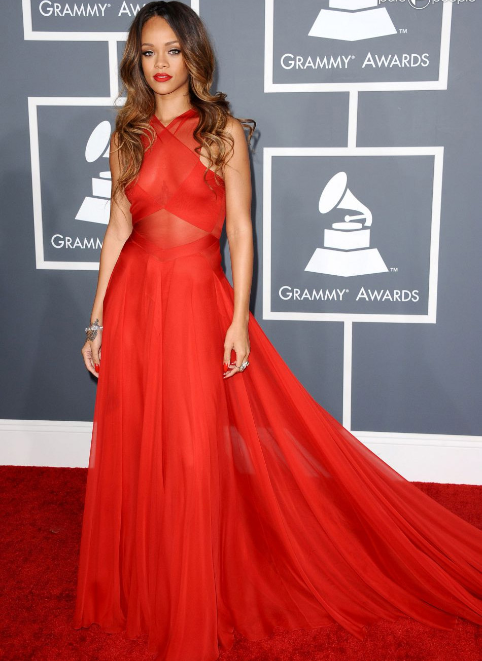looks do grammy rihanna 2013