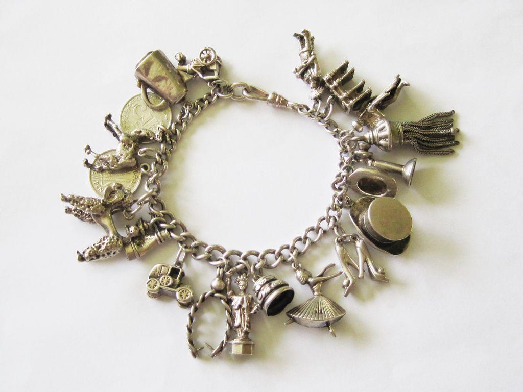 pulseira de charms