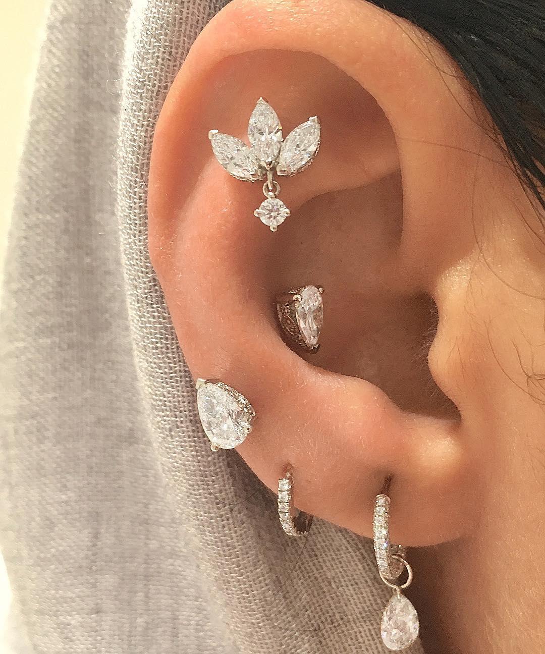 piercings multiplos luxo