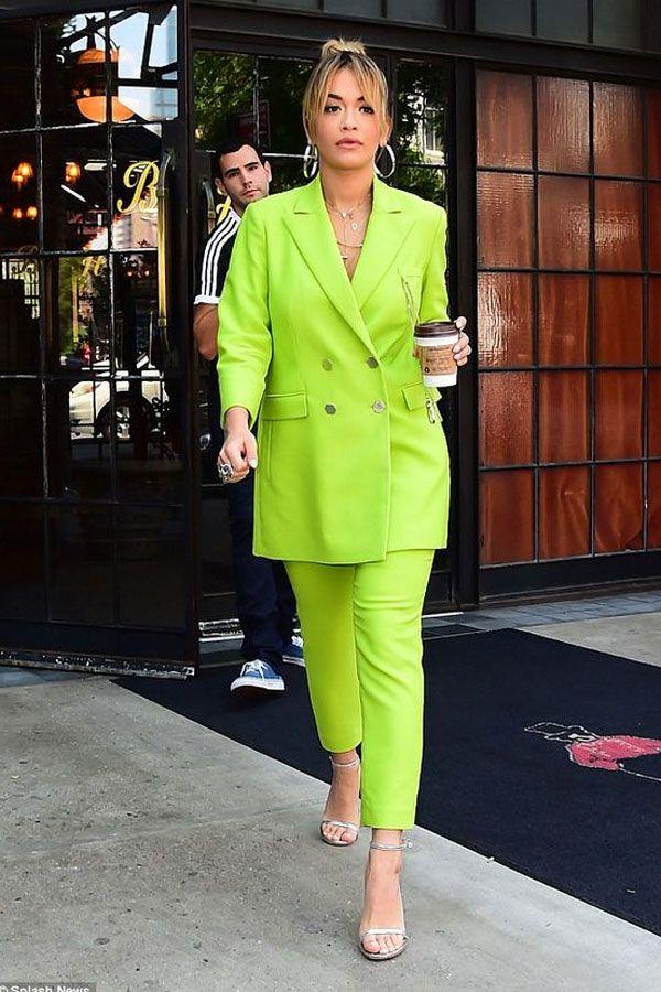 conjunto verde neon