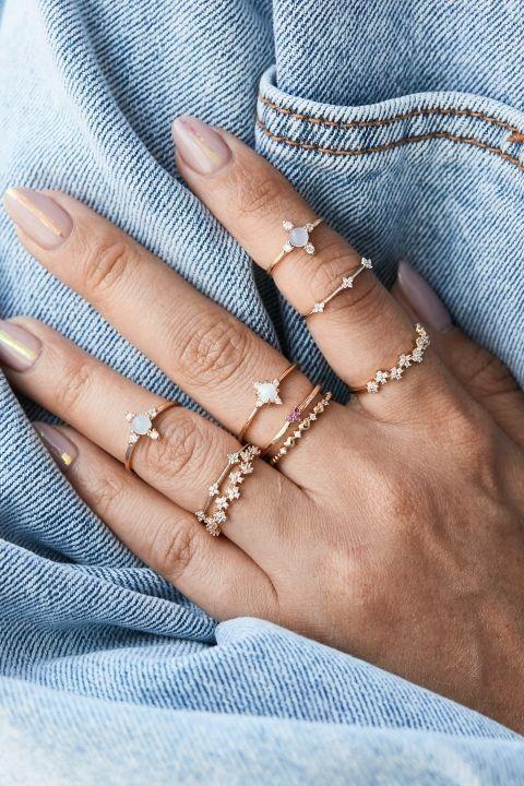 fotos de anel de falange com brilho