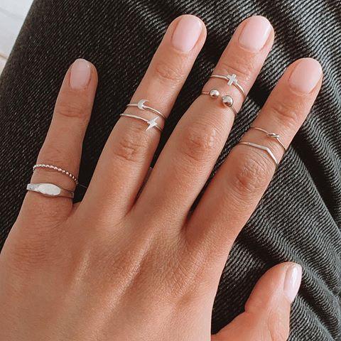 fotos de anel de falange delicados