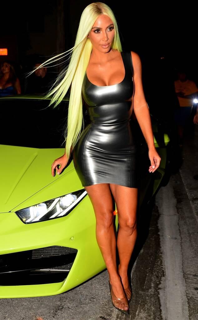 neon kim kardashian 1