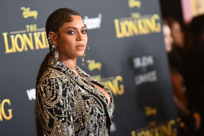 premiere rei leao Beyonce joias