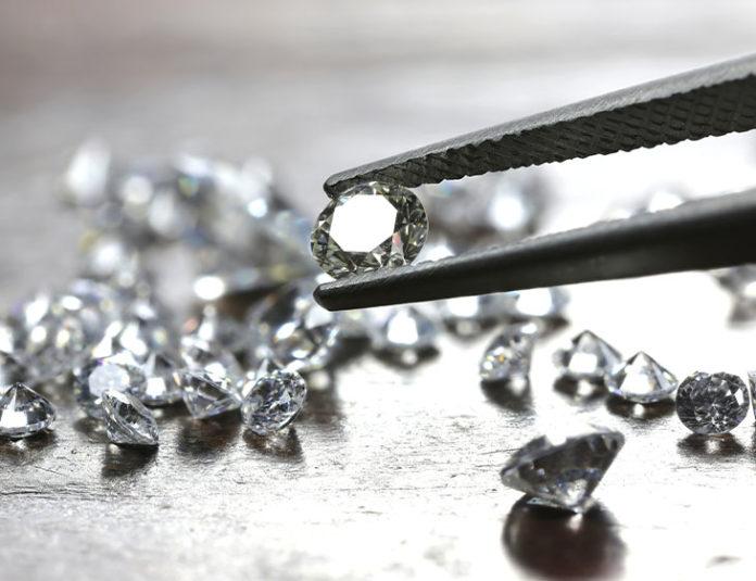 qual a diferença entre zirconia cristais strass e diamantes
