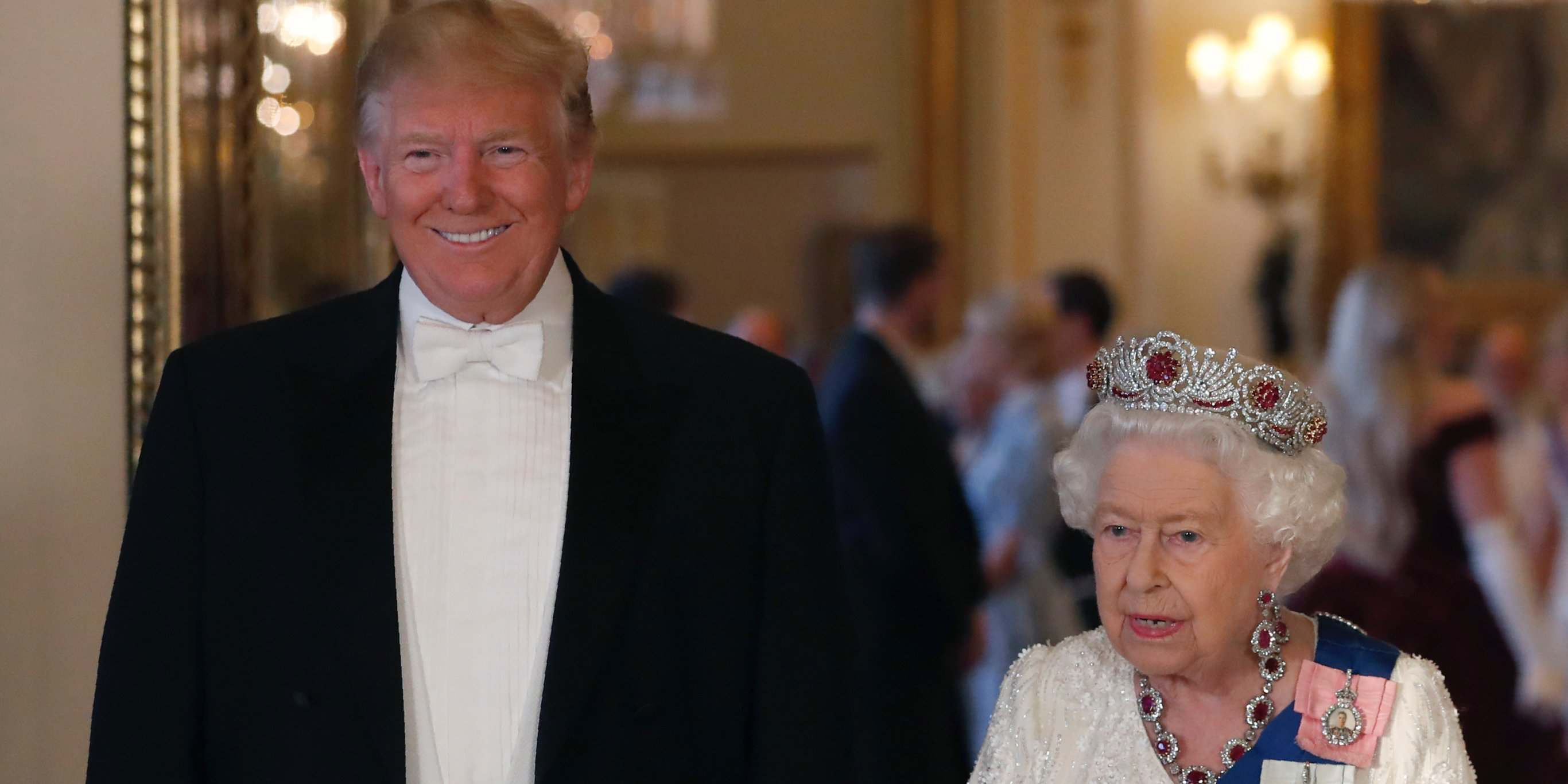 tiara de rubi da rainha elizabeth ii trump