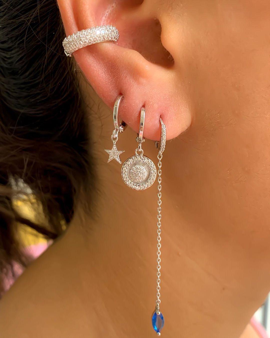 usar piercing fake luxuoso