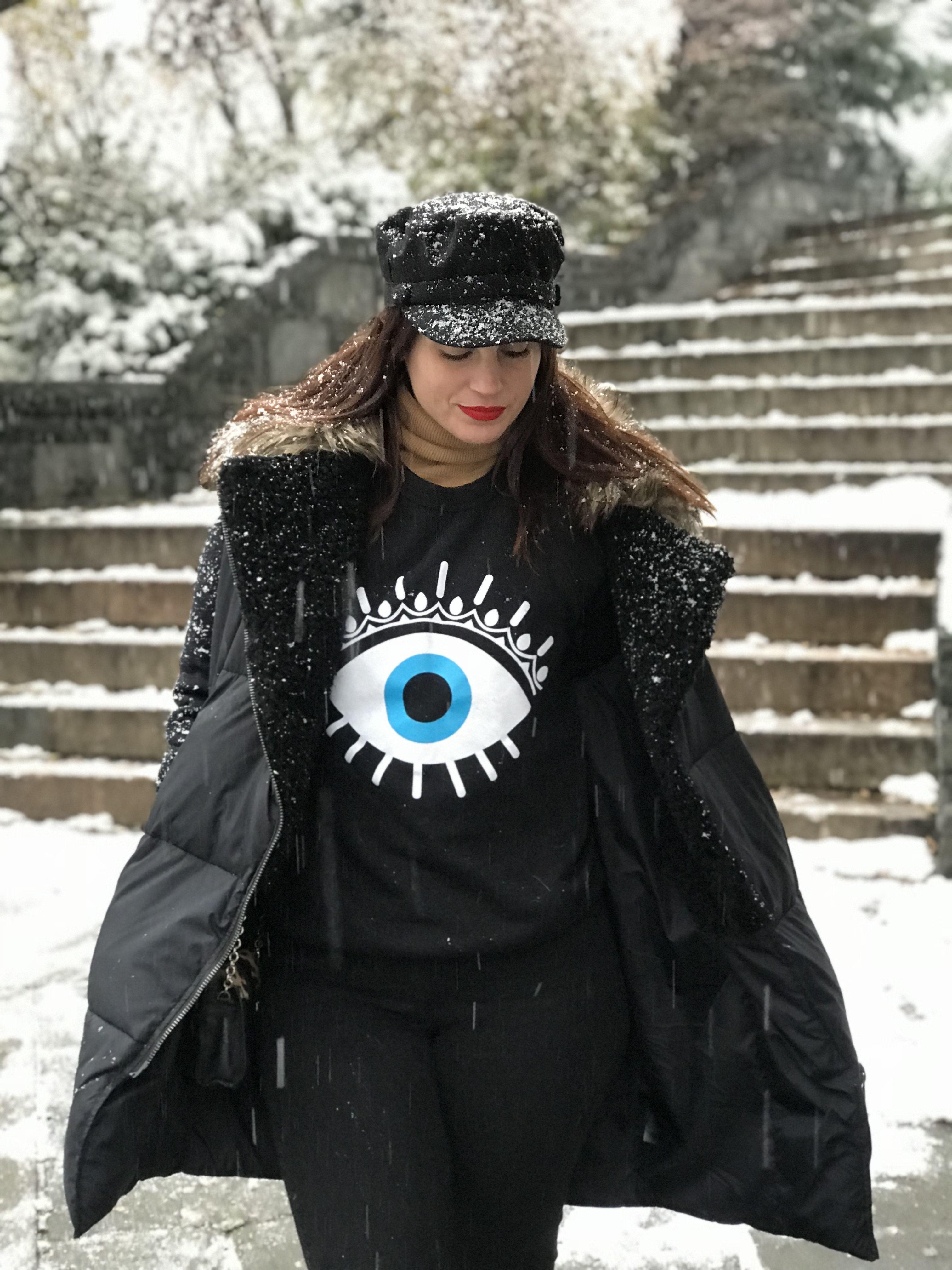 all black com olho grego