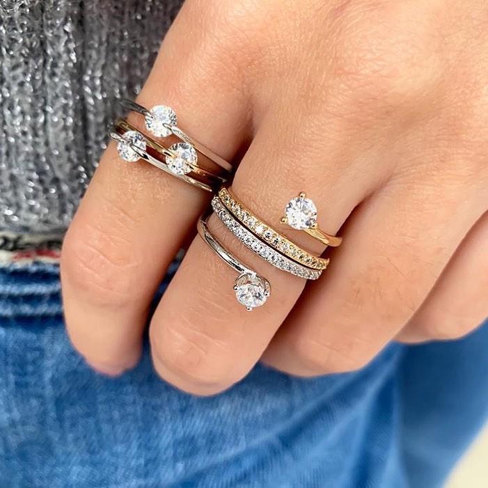 aneis solitarios combinaçao