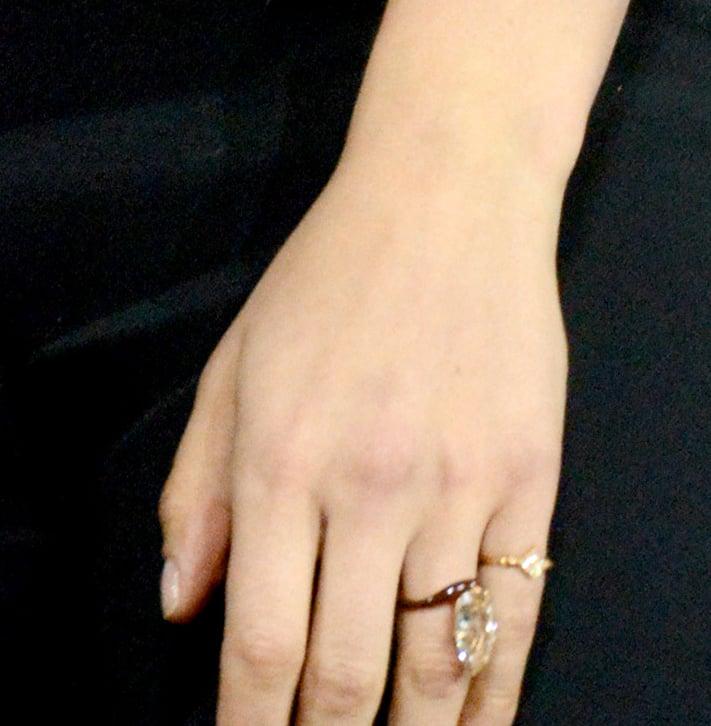anel de diamante marrom