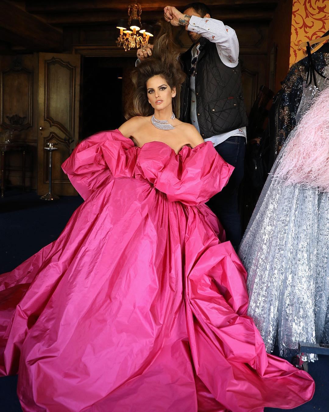 izabel goulart pink valentino