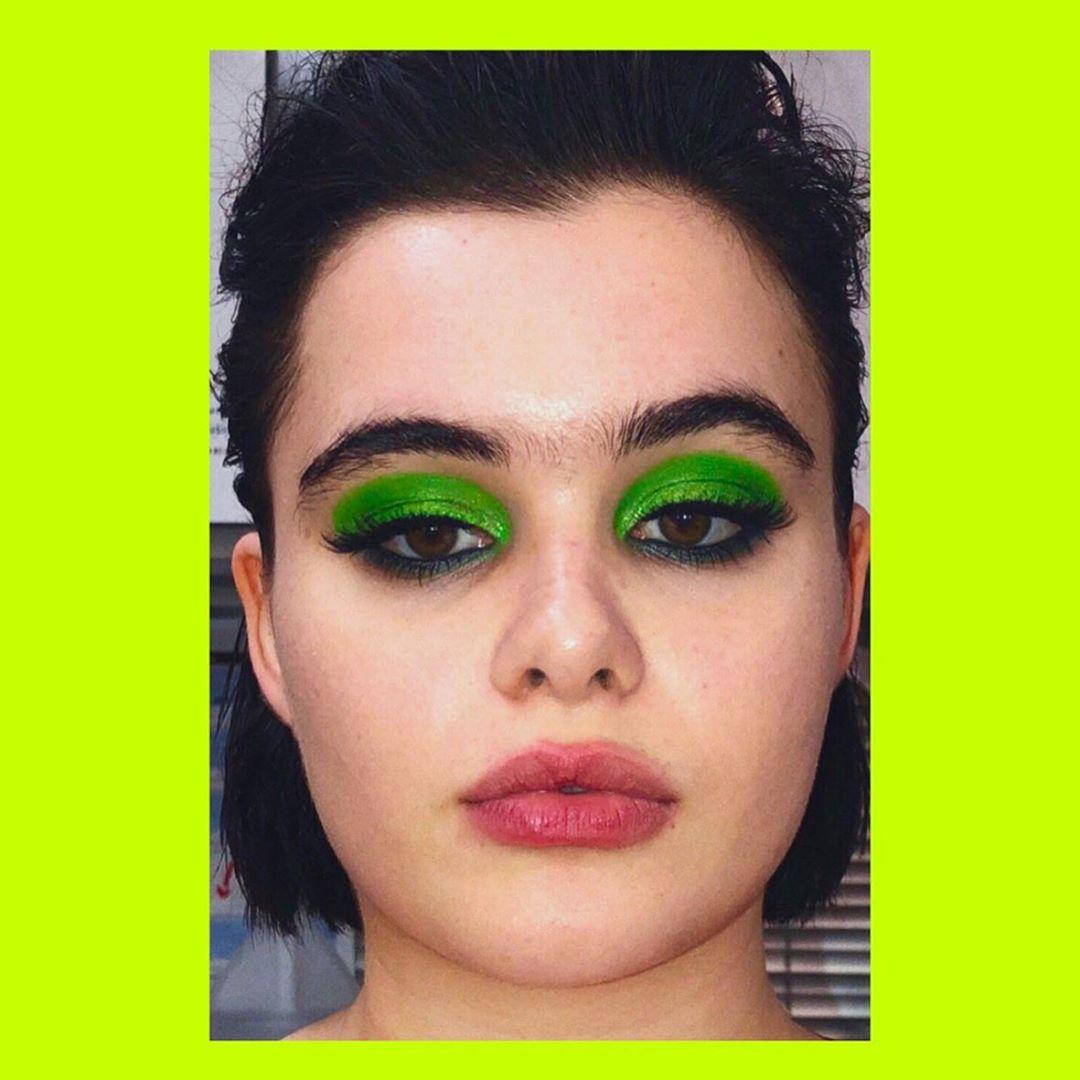 maquiagem kat euphoria sombra verde