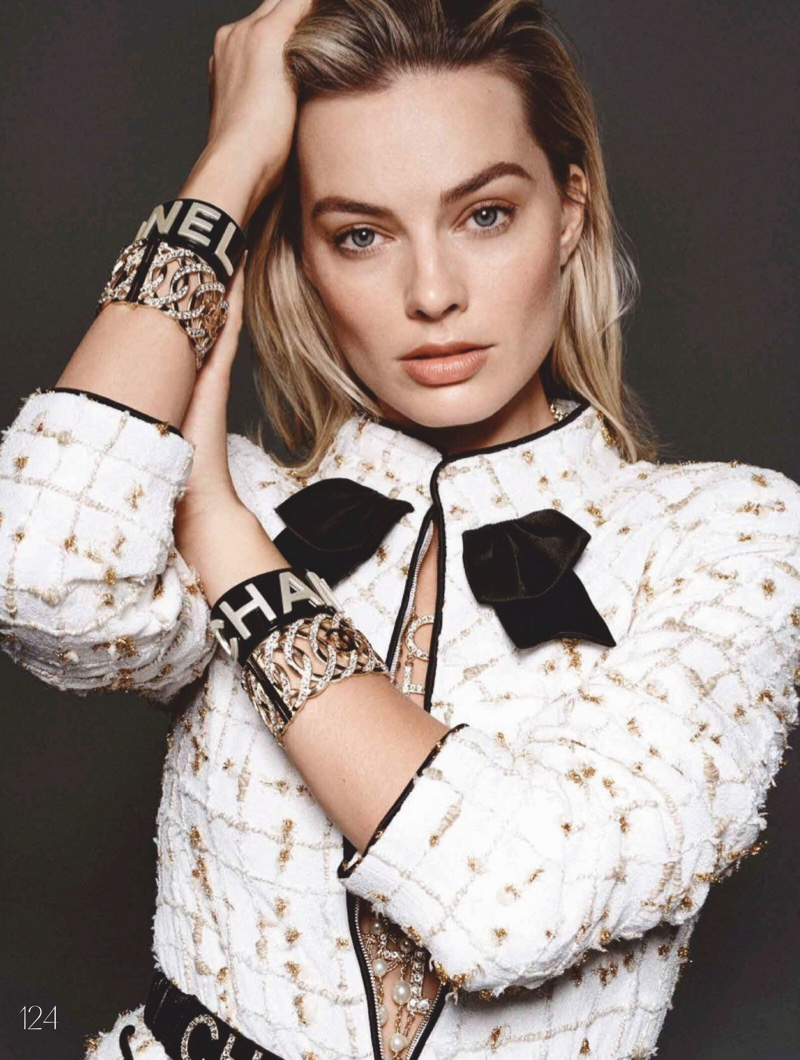 margot robbie joias chanel