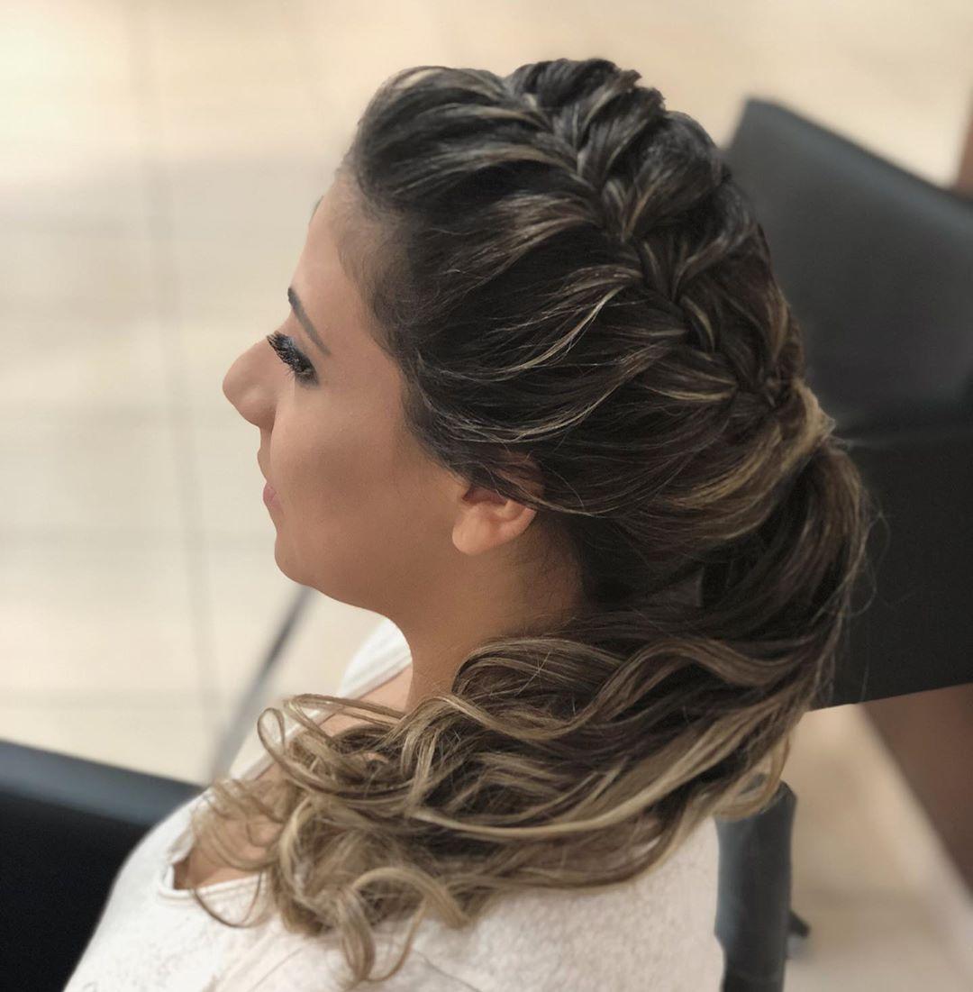 penteado de festa trança lateral