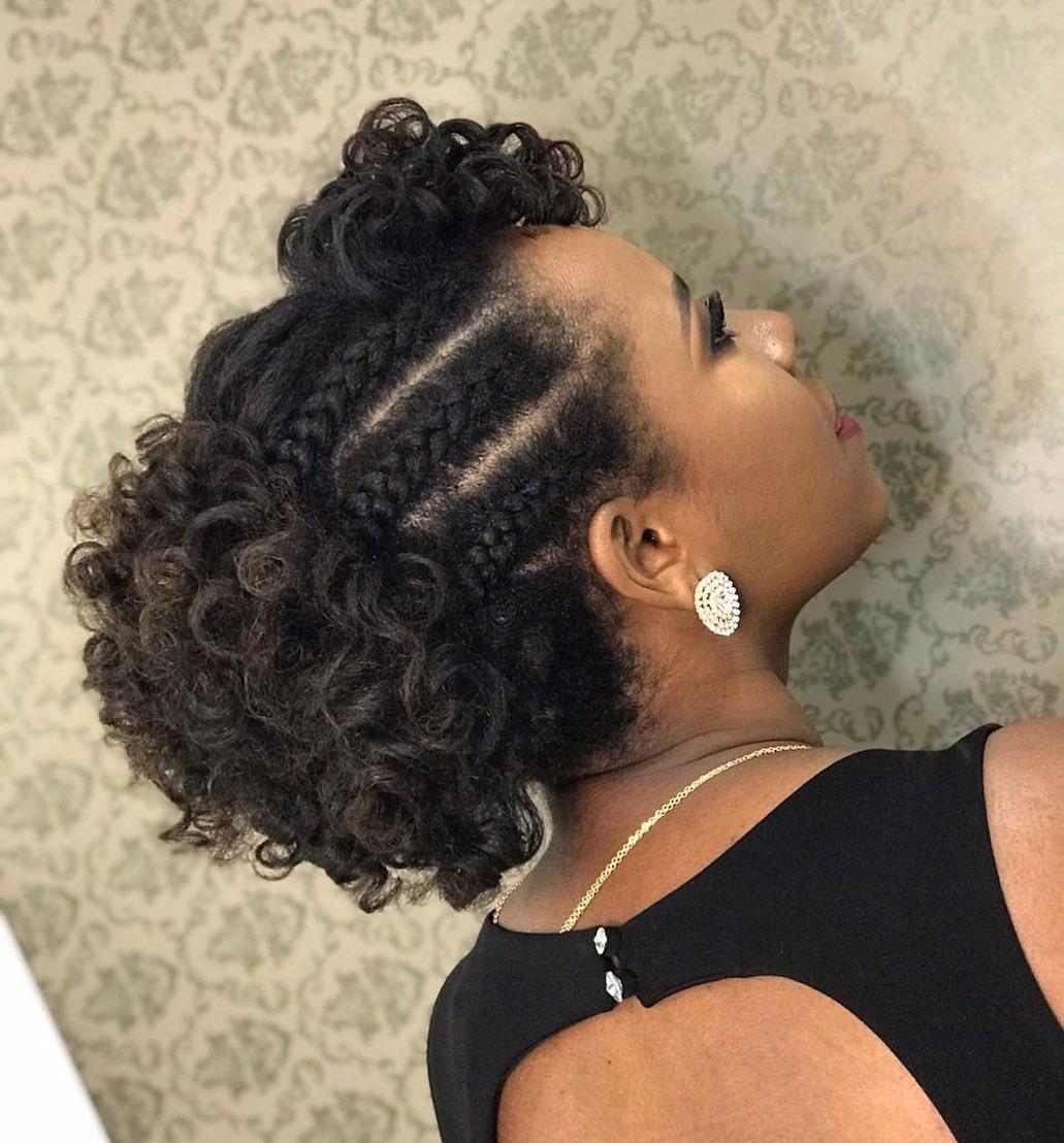 penteados para formandas cabelo cacheado