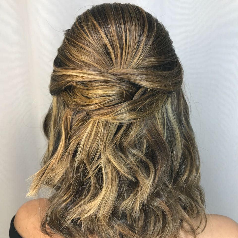 penteados para formandas cabelo medio 1