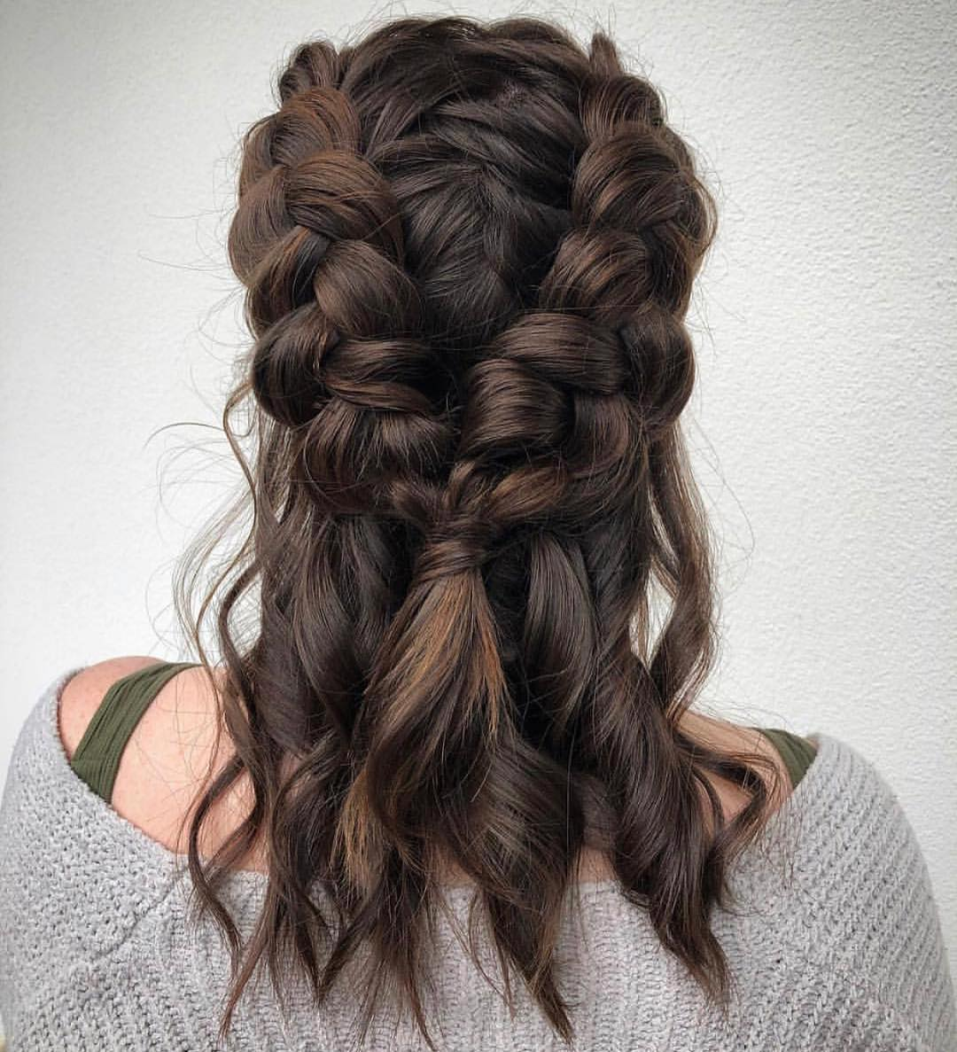 penteados para formandas cabelo medio 2