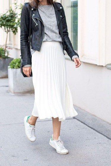 tenis branco com saia branca