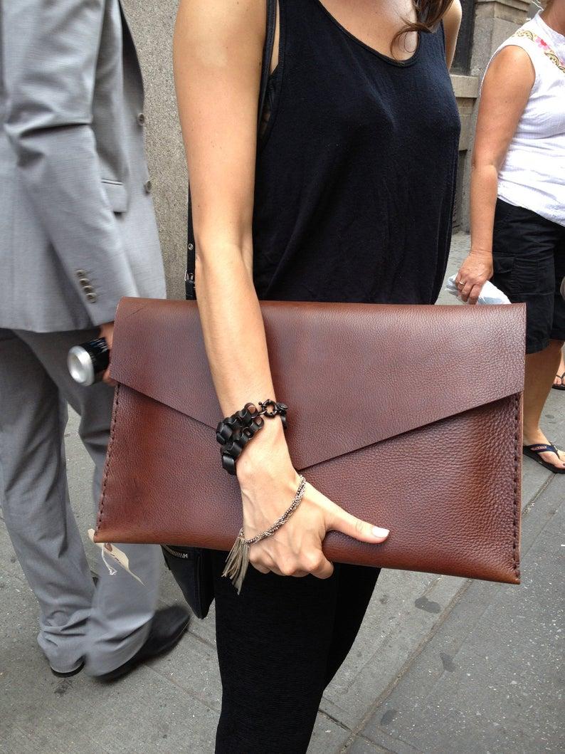 tipos de bolsas femininas envelope