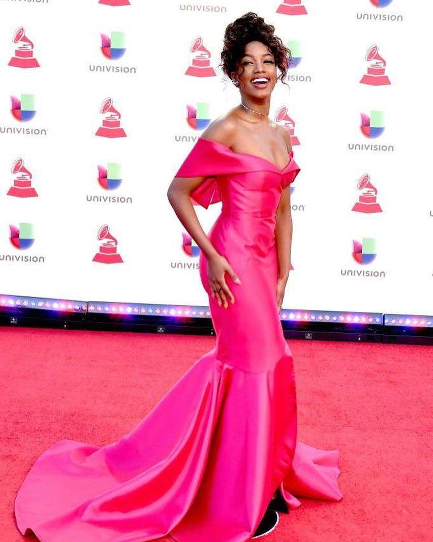 vestido de festa pink iza
