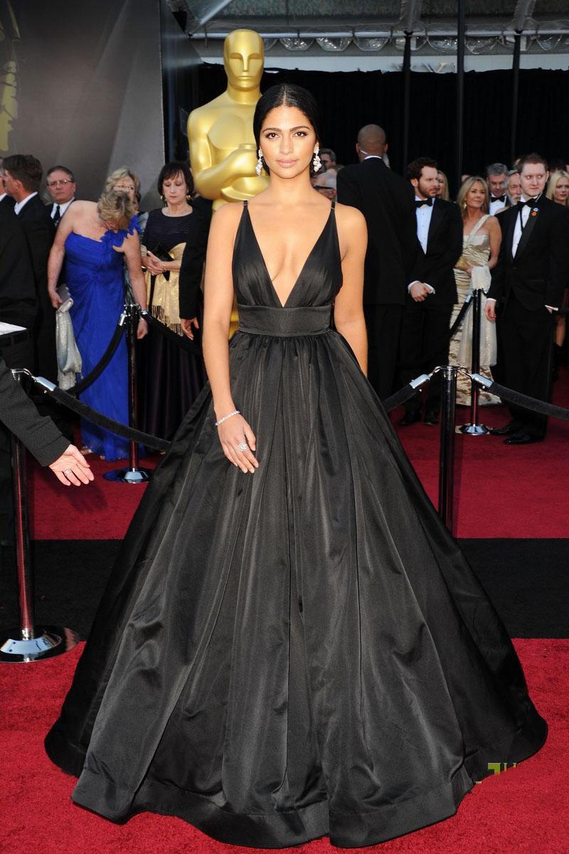 vestido de festa preto camila alves