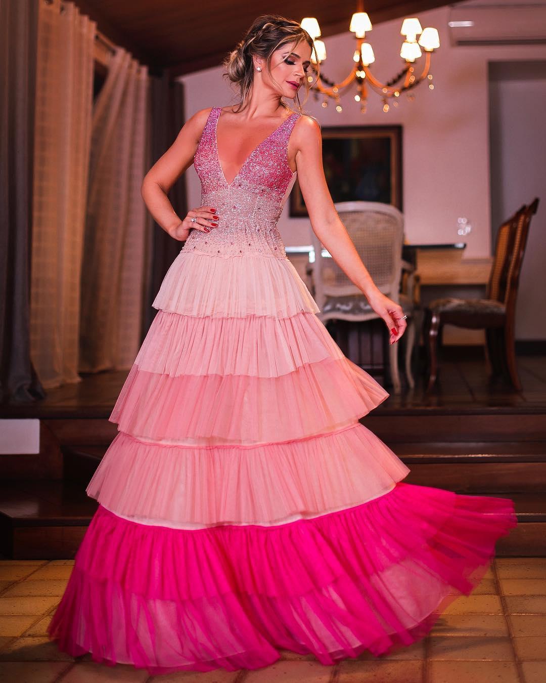 vestido de festa rosa thassia naves