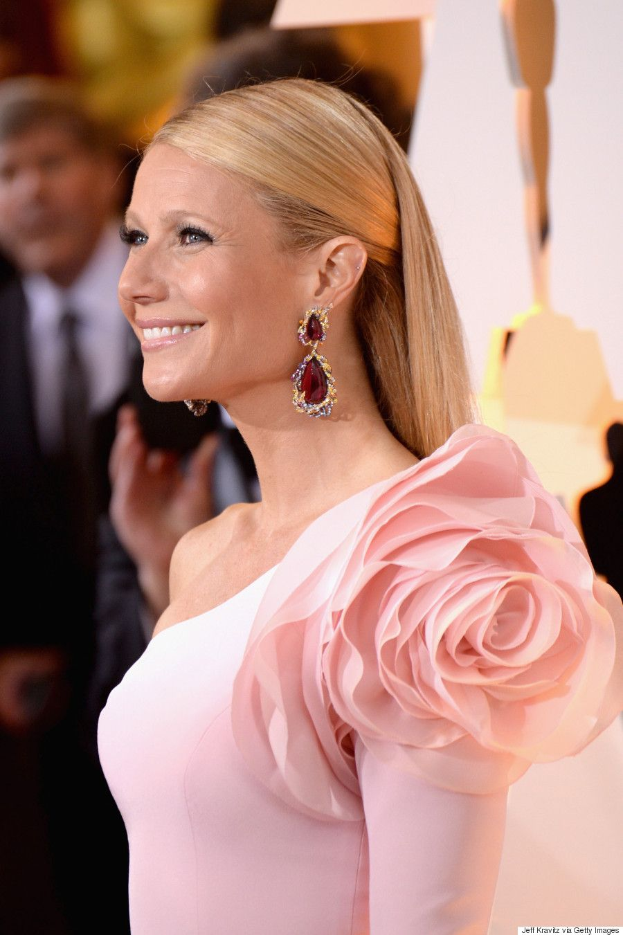 Brinco de rubi gwyneth paltrow