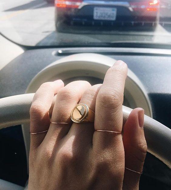anel de dedinho delicado