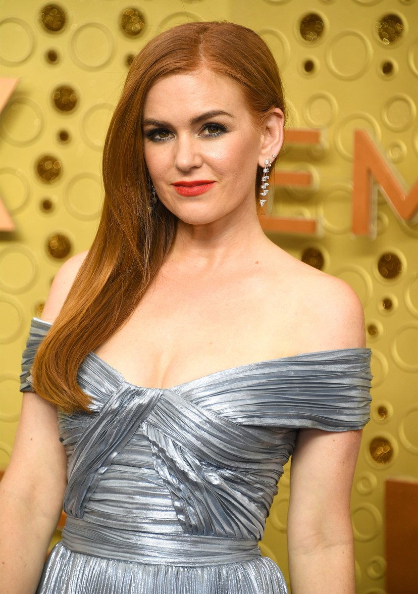 brinco da Isla Fisher no emmy