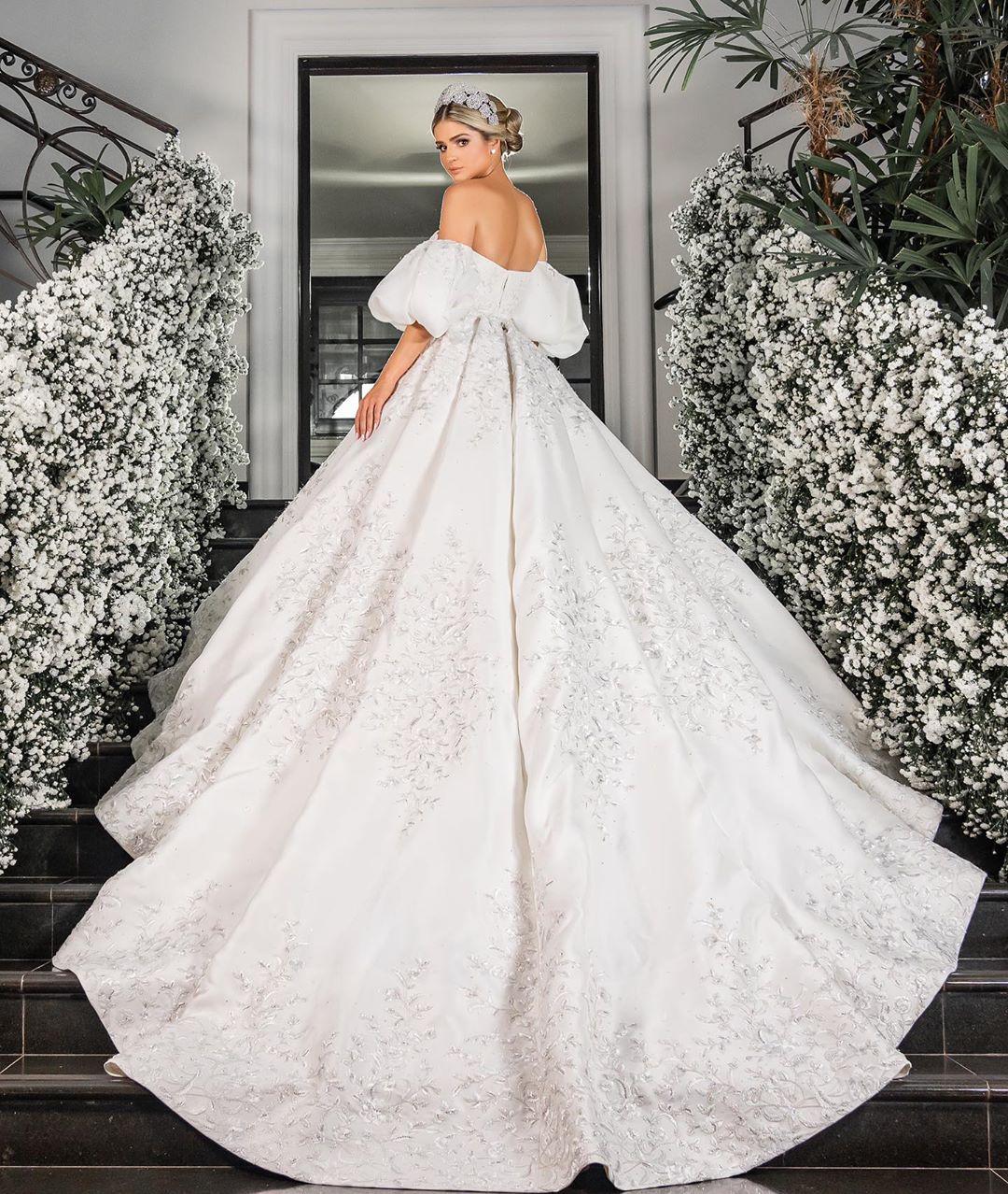 vestido de noiva da thassia naves