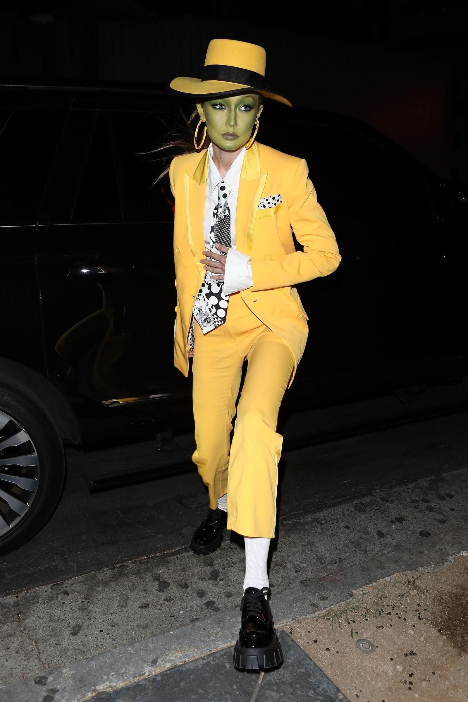 Gigi Hadid fantasia mascara