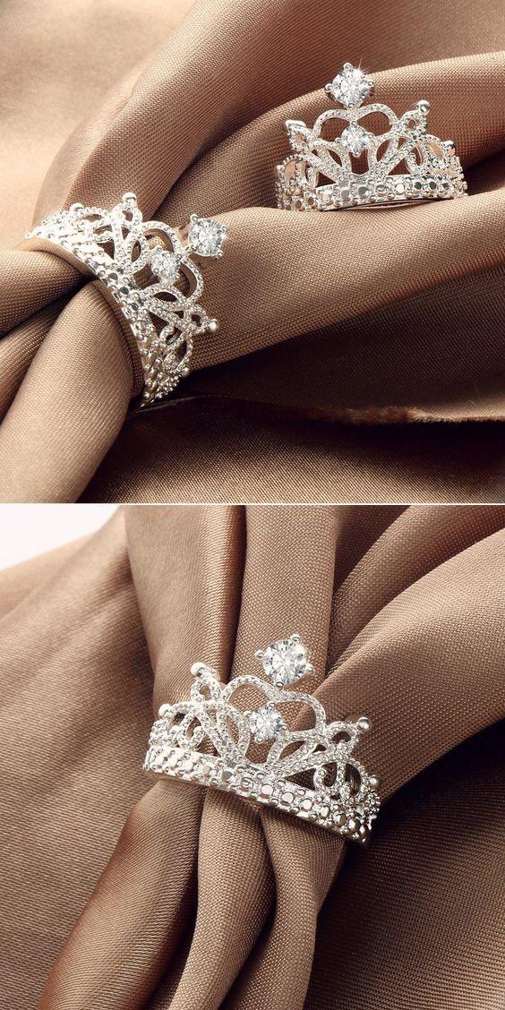 anel de coroa exuberante