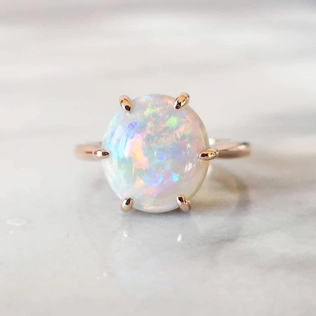 anel de noivado pedra opalo