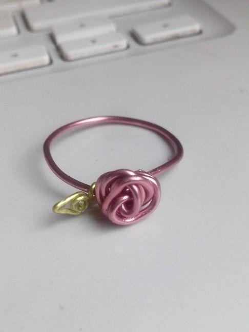 anel de rosa artesanal