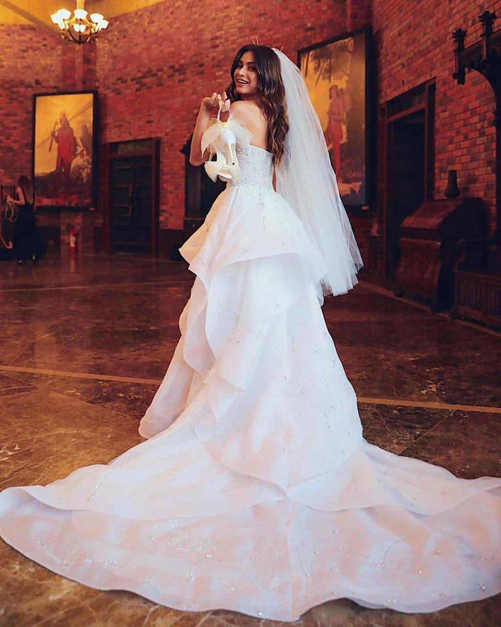thaila ayala vestido noiva