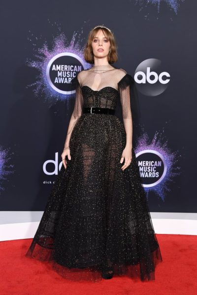 Maya Hawke American Music Awards