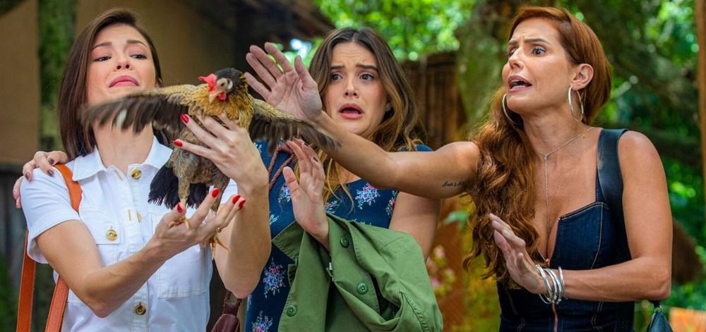 Kyra (Vitória Strada) / Luna (Juliana Paiva) / Alexia (Deborah Secco)