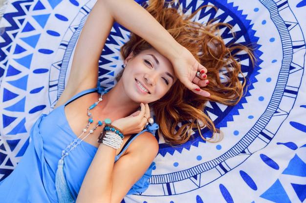 Acessórios femininos azuis